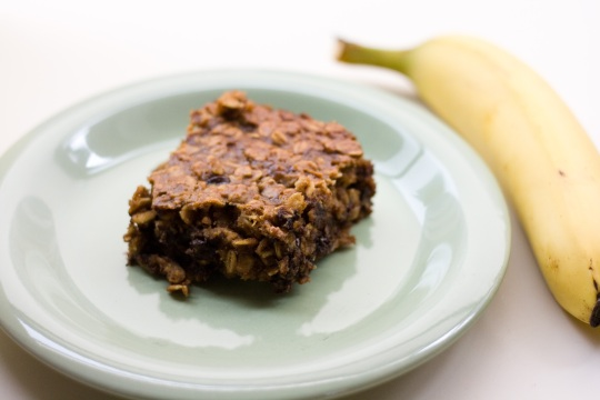 Peanut Butter Banana Chocolate Chip Baked Oatmeal