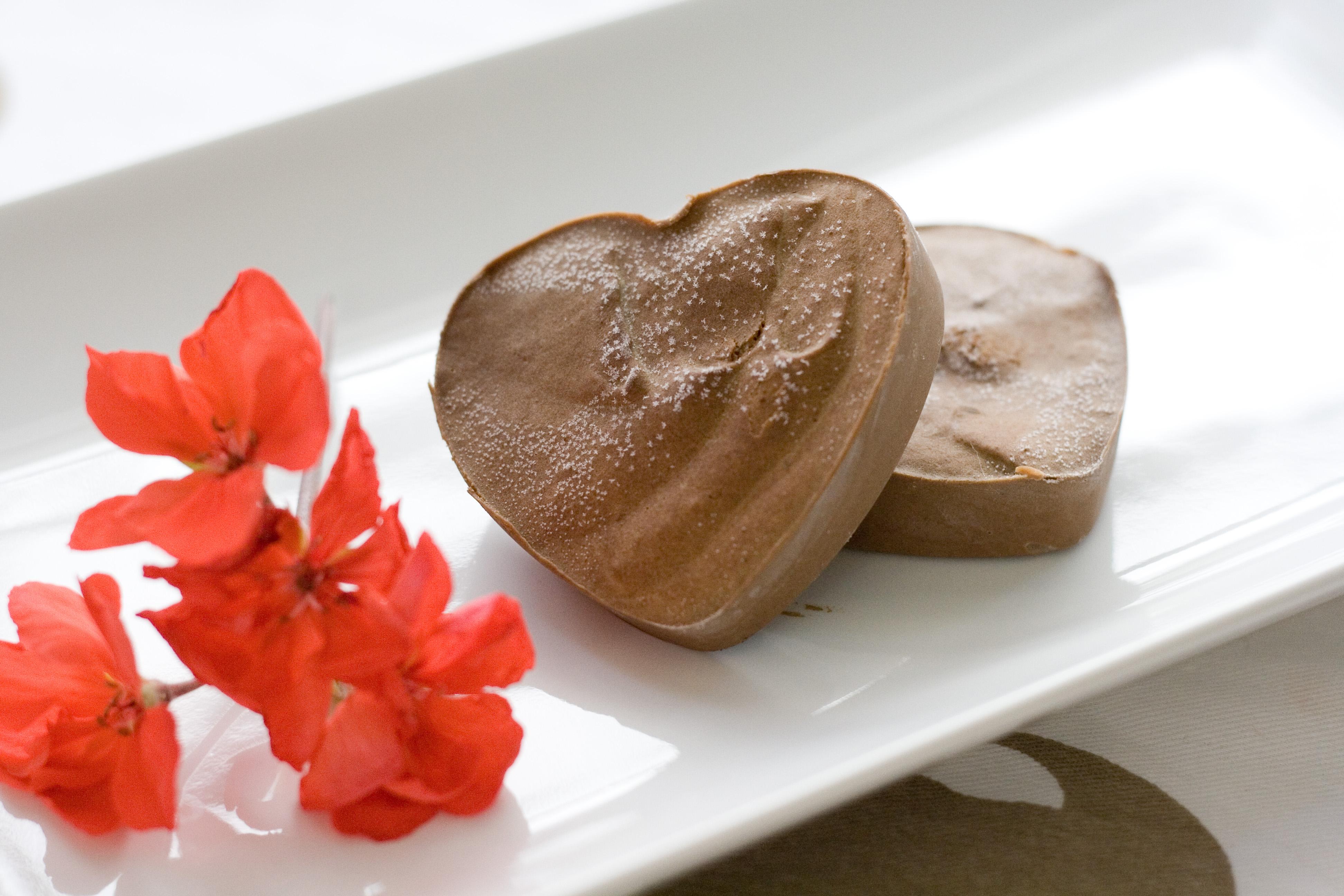 Chocolate Avocado Fudge | CoCoNut MaMa